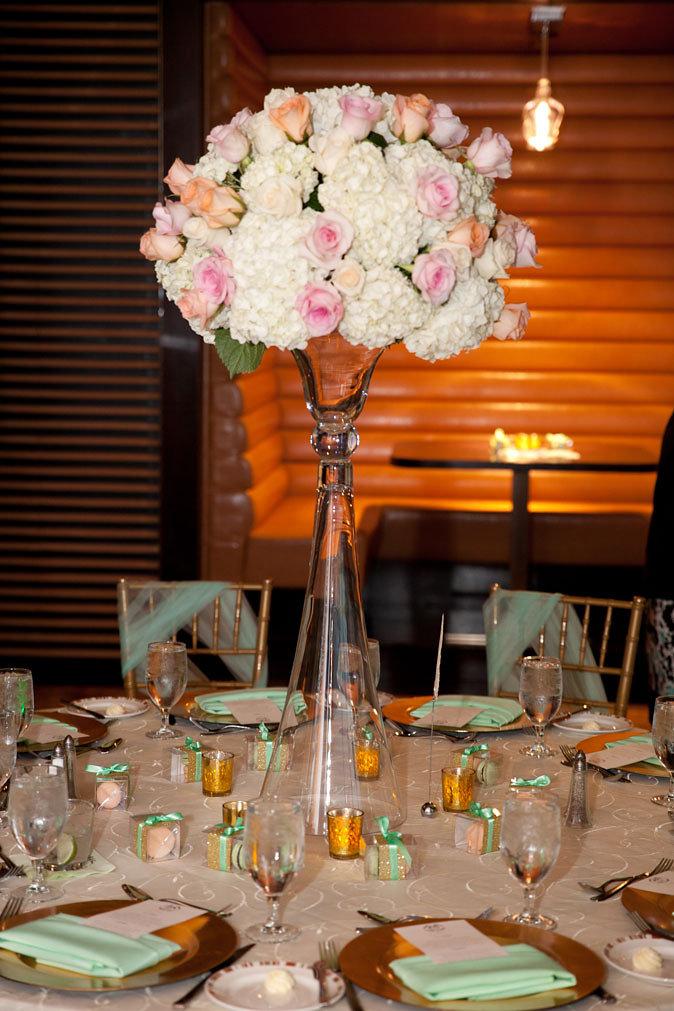 pastel wedding florals By Dzign Las Vegas 86